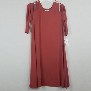 Cold Shoulder 3/4 Sleeve Knee Length Shift Dress